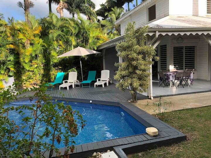 Nogent Sainte-rose: Villa avec piscine privée