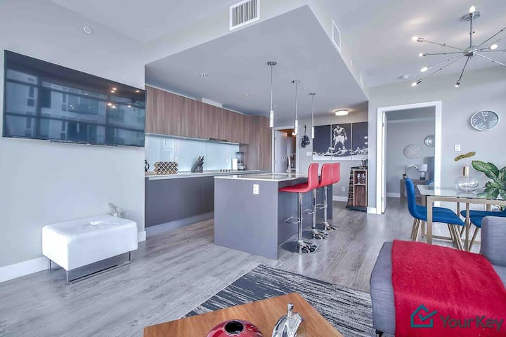 Top Of City Designer Style With Breathtaking View Condominiums For Rent In Calgary Alberta Canada