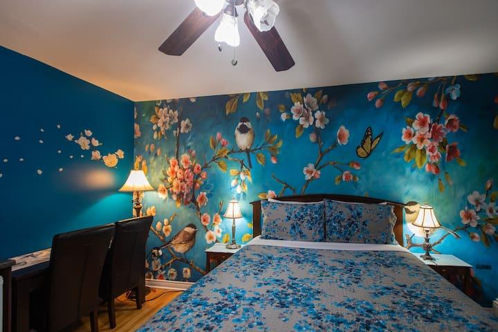 Prince Street Suites Room 5