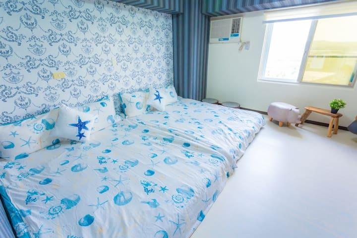 恆春小房《Room14》乾淨舒適的房子,獨立衛浴,俯瞰恆春最美的風景。