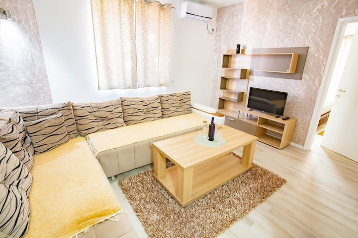 Apartments Melina 7 - for 6 persons