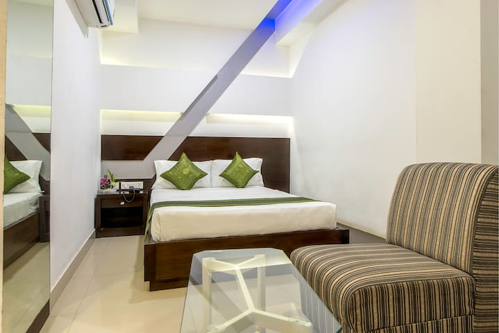 Relaxing Stay @ St. Marks Road, Bangalore