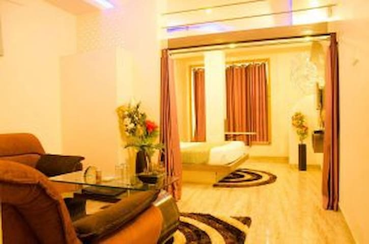 Budget Room at Hotel Comfort and Terrace Lounge