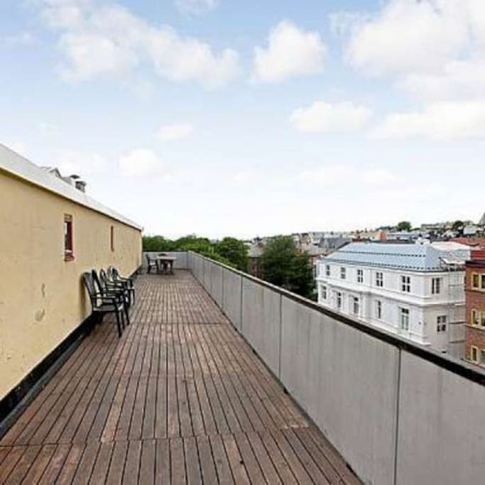 Roof top terrace available for use.