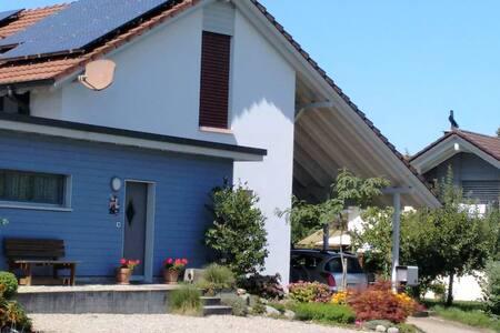 Grosses, helles Studio in Muri, Kanton Aargau