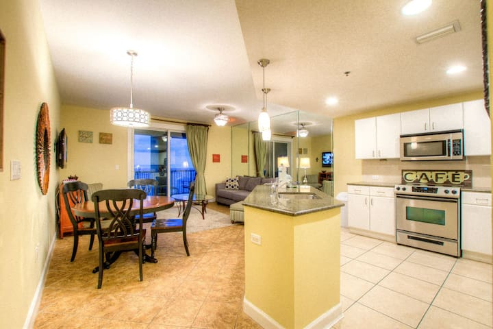 Grand Panama 2-803- 1 BD, Ocean View, Sleeps 6 By ZIA