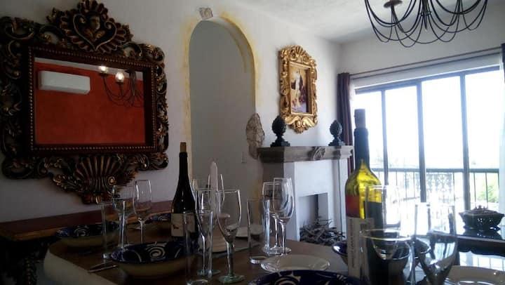 """Villa Deluxe """"La Hacienda"""" con vistas a la peña"""