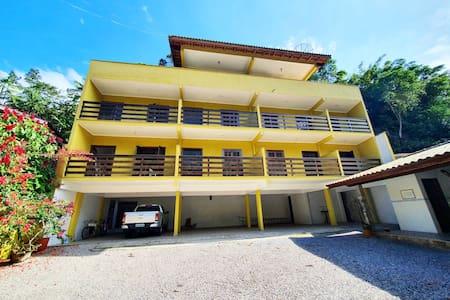 Apartamento seguro e aconchegante à 5 min da Praia