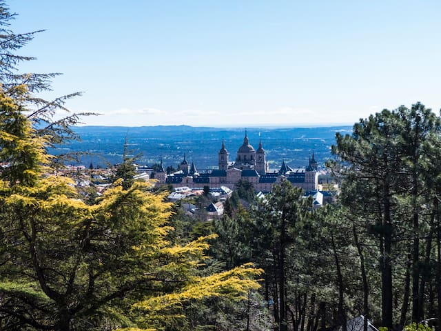 Magnificent views to the Monastery - San Lorenzo de El Escorial - Rumah