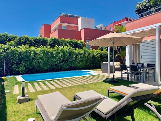 Villa CHIC Salobre Golf