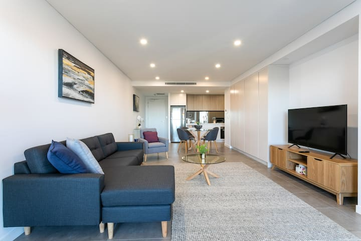 Modern 2Bed Apartment near CBD and Olympic Park206