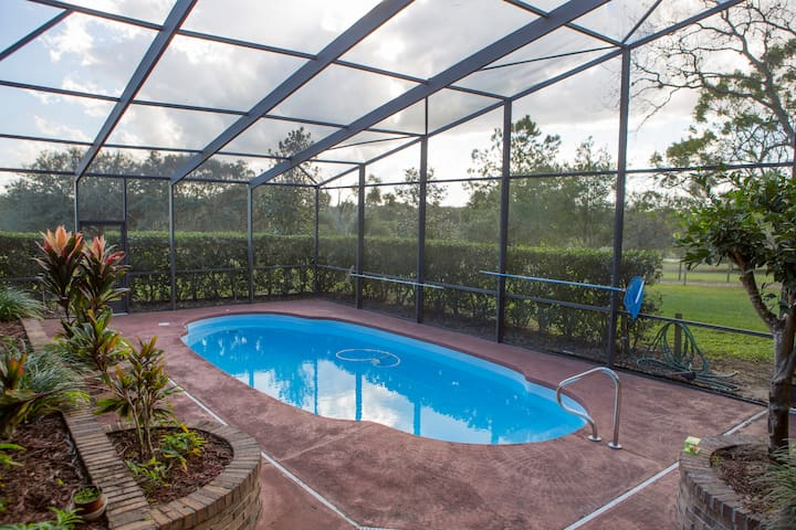 Private room in country home & pool - Mount Dora - Ev