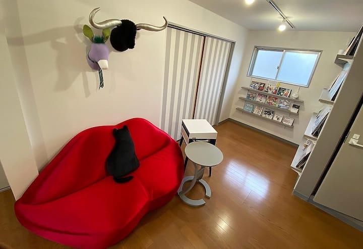 ▪️GoTo▪️レコードとゲームで遊ぶデザイナーズルーム@熊本繁華街♡11時までゆっくりSTAY