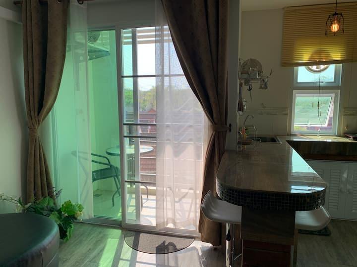 Beautiful Luxury New 1BR Condo Chiang Mai