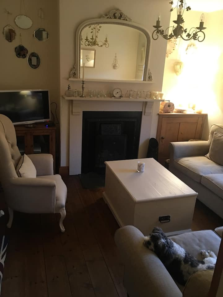 Beautiful 3 story town house in Banbury Town