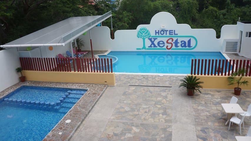 Hotel Xestal Huatulco