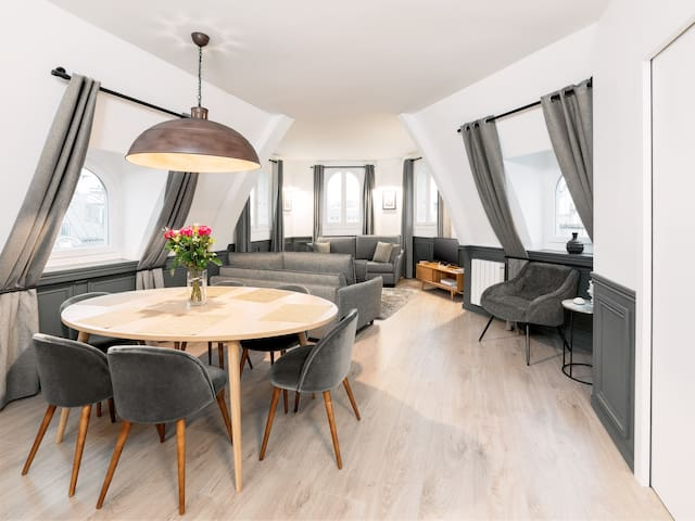 Luxury 2 Bedrooms Le Louvre - Eiffel Tower View