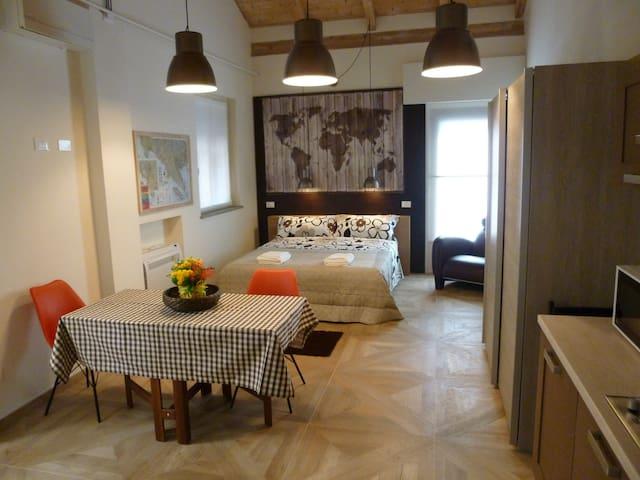 Casa Cuore / 5 minutes walk Station - La Spezia - Loft