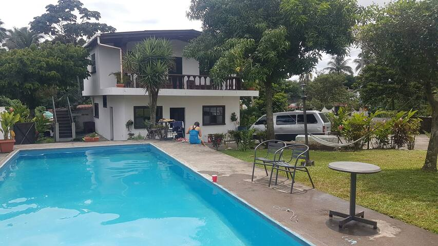 Casa en San Felipe con piscina, parques IRTRA