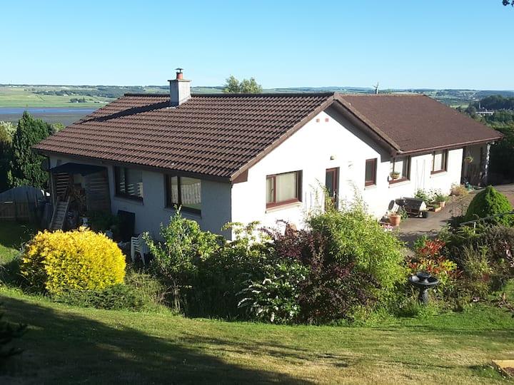 NC500, Ensuite Master bedroom, Inverness 25mins