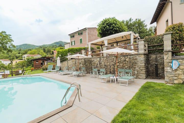 Il Fienile, pool, hot tub, sauna, quiet located