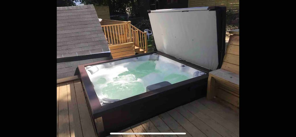 USM area Garden Level 2 BR & Full Bath