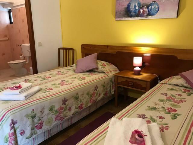 Quinta das Andorinhas - quarto duplo - Carvoeiro - Cabin