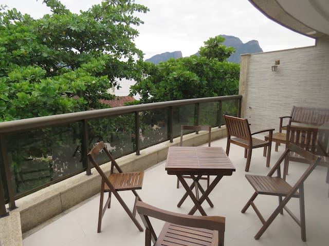Balcony of the 1st floor