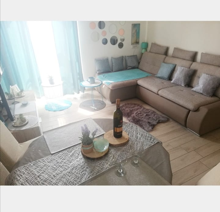 "Apartment "" Vedra"" modern & new"