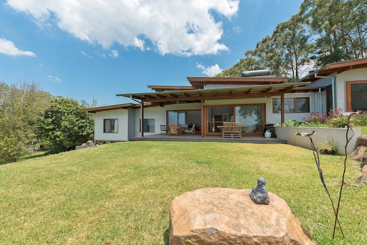 Architect's home in Byron Hinterland