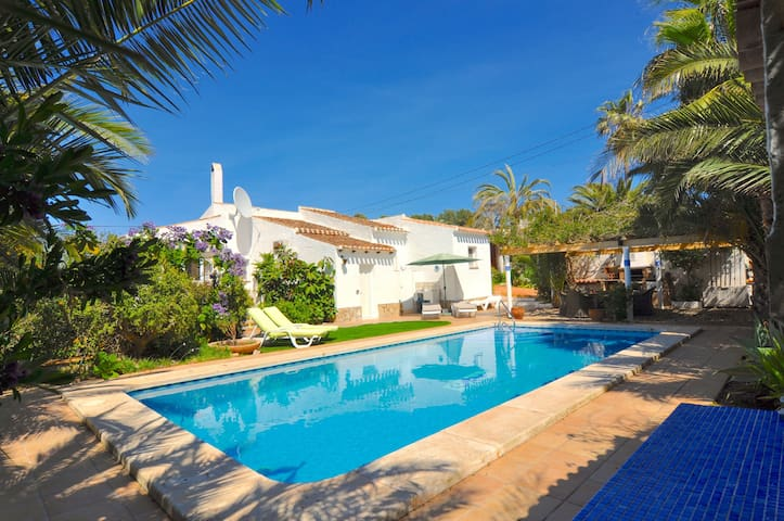 Casa Tonica - Close to Arenal Beach, Javea - El Tosalet - Hus