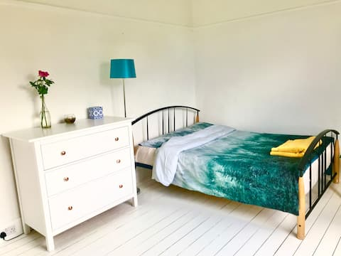 Nordic style room in a quiet residential area