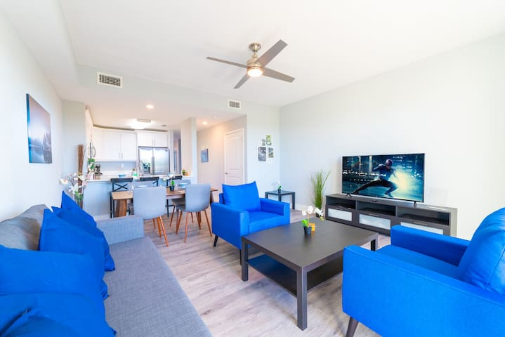 Ultimate Vacation Spot!!! *New Modern Townhome*
