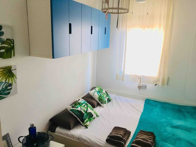 Double bedroom in front of Dalí Museum (suite)