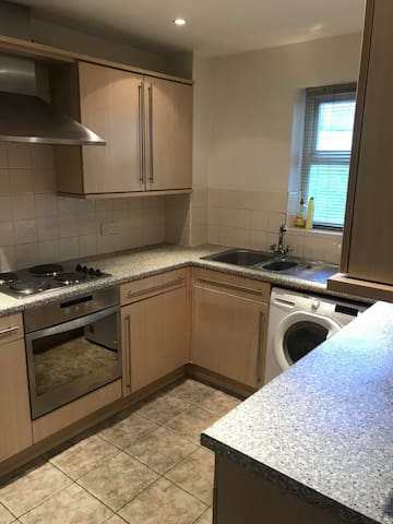 Double room - 5 min from Leeds CC