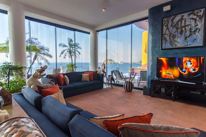 Luxury Contemporary Moroccann Villa at Los Arcos!