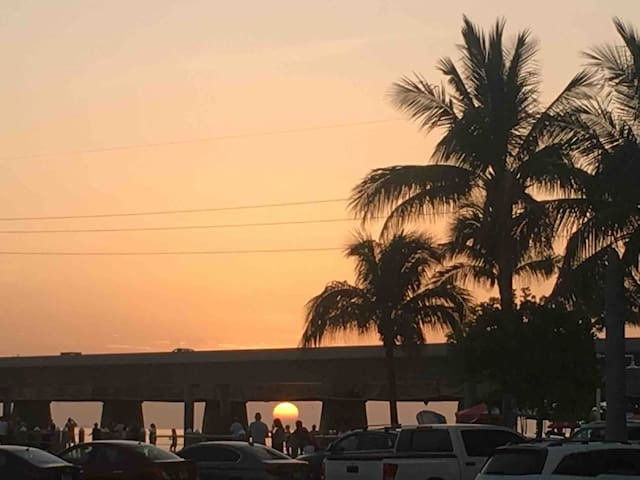 #3Tropical Island Family Vacation Home Marathon FL