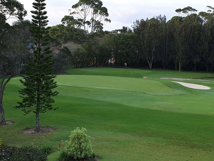 Stay on the Golf Course at  Mollymook Beach