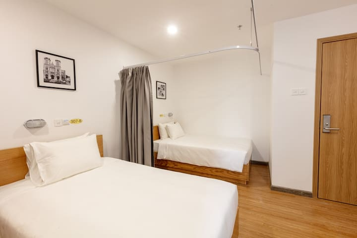 Luxury Dormitory 3 Beds