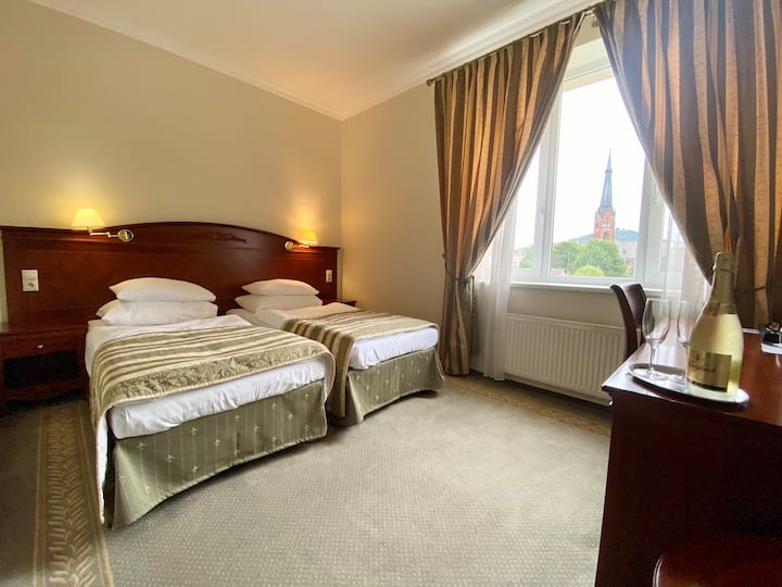 Hotel Giovanni - Elegant Twin Room