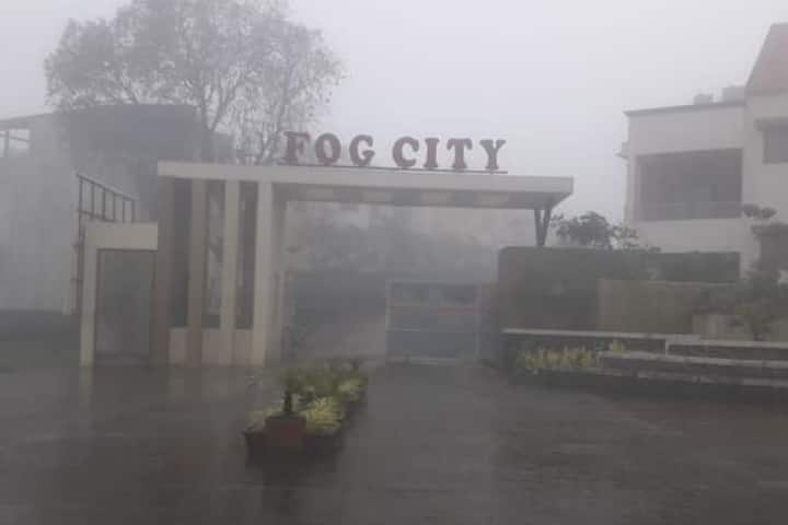 Sharoffs Residency - Fog City