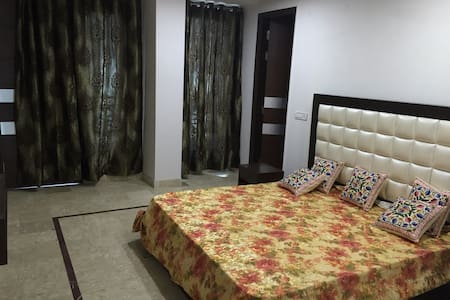 Bedi's Bed and Breakfast - Nuova Delhi - Bed & Breakfast