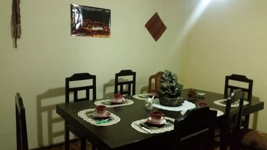 INDIVIDUAL ROOM EN SUITE - Sucre - Bed & Breakfast
