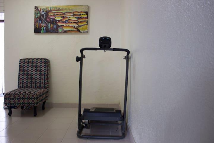 Shared space: A manual treadmill