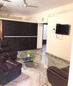 2 Bedroom Apartment Royal Suites