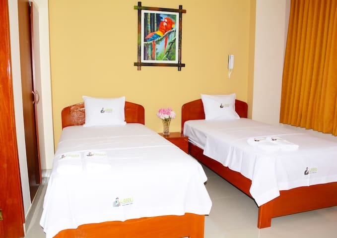 Lamas Hospedaje, 2 beds with private bathroom