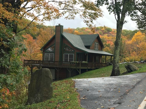 Serene Mountain Retreat