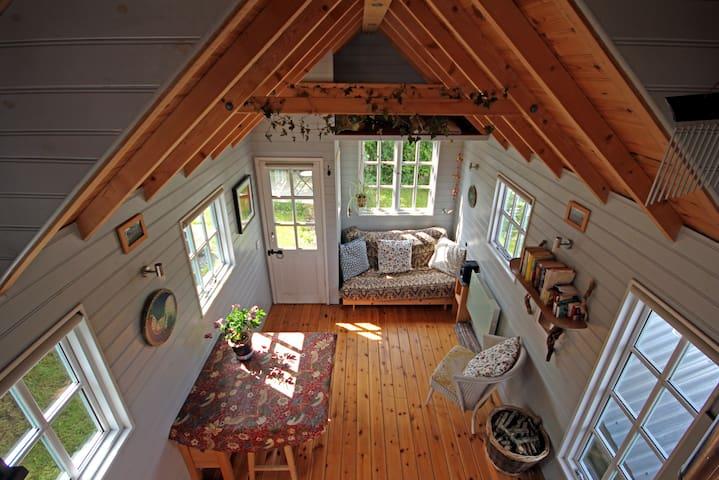 Tiny House on isolated farm by the Cornish Coast