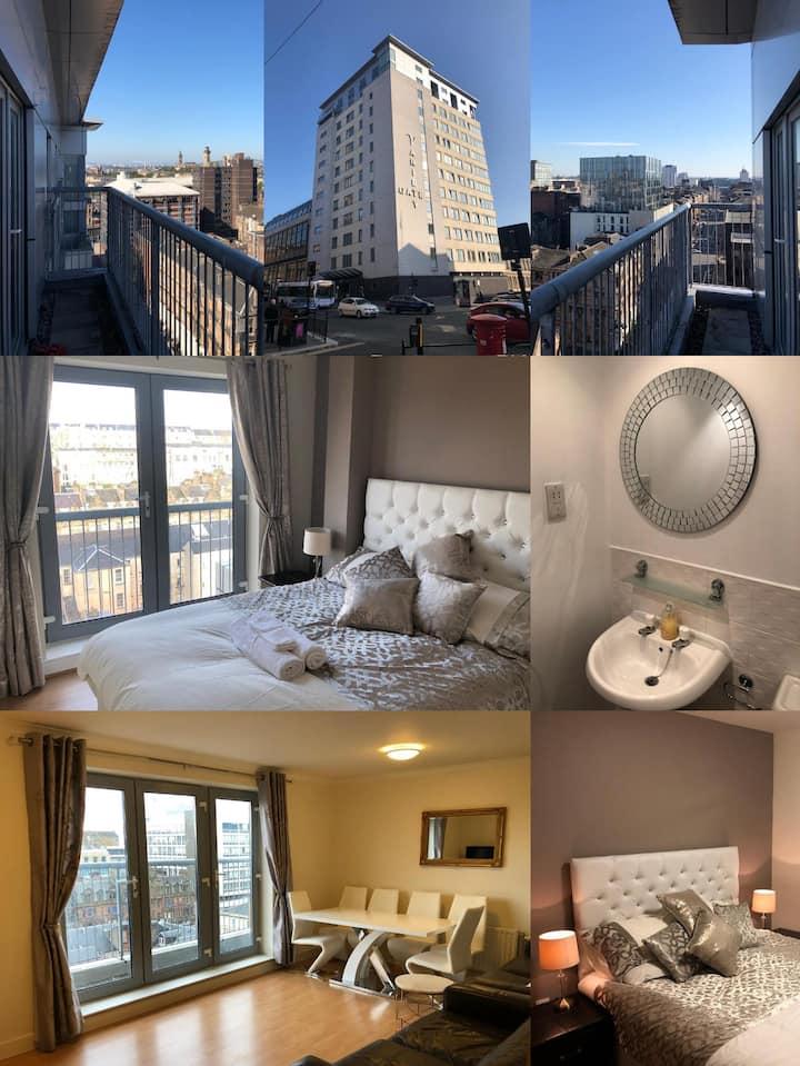 Penthouse 3 Bedroom Luxury Apartment - Glasgow