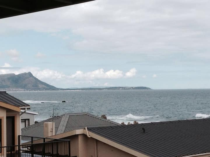 Kleinmond home with a view.